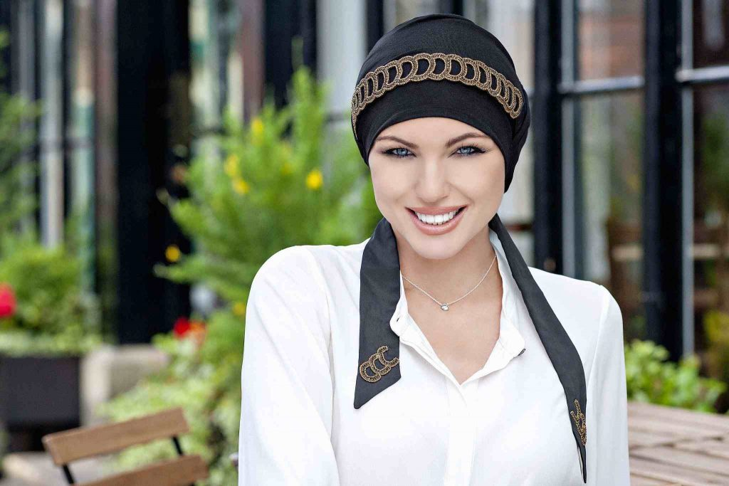 luxury headwear for cancer Yanna black golden diadem